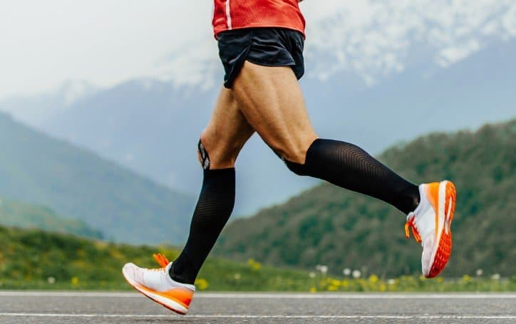 How To Train For a 10k Successfully (9 Pro Tips + Training Plan) 1