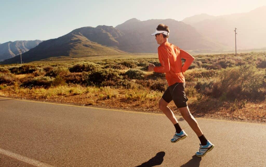 HOW TO CREW AN ULTRAMARATHON RACE: 11 EXPERT TIPS